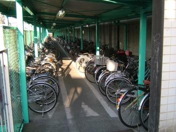桜橋駐輪場